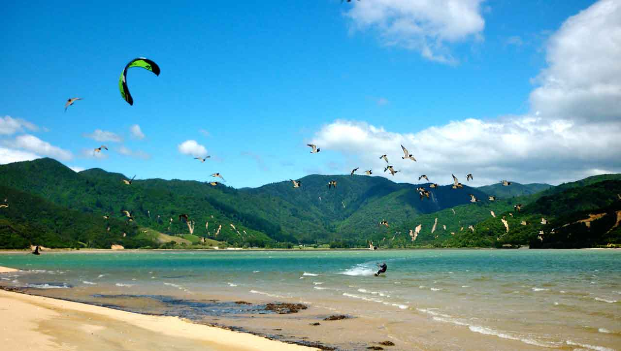 Kitesurfing In Wainui Bay And Pohara